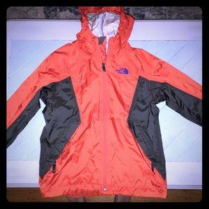 The North Face Boys size 7/8 Lightweight Rain Coat